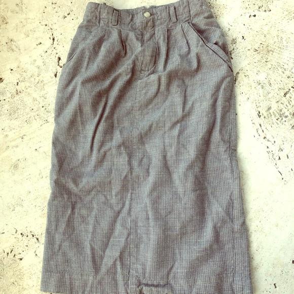 Vintage Dresses & Skirts - Vintage Plaid Patterned Liz Sport Pleated Skirt